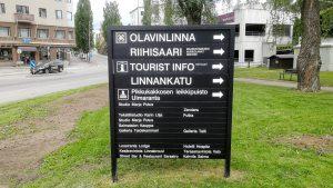 Savonlinnan kaupungille tehdyt alueopasteet auttavat matkailijoita löytämään lähialueen mielenkiintoisimmat kohteet.